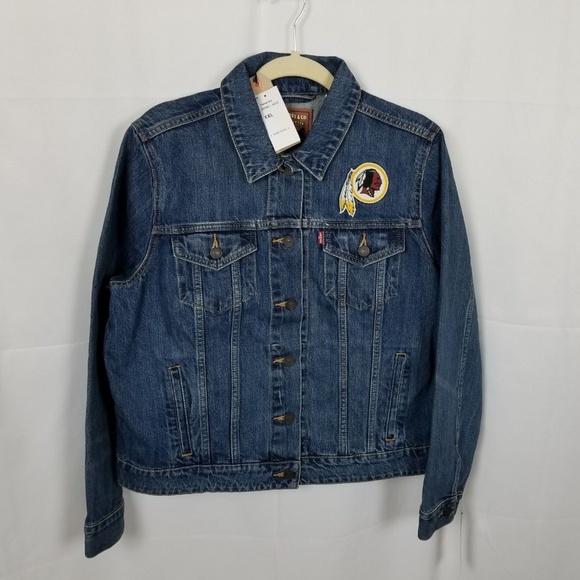 new product aecf0 b646c Womens Washington Redskins Levis Blue Denim Jacket NWT